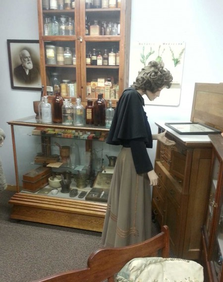 Colonial Medical Display
